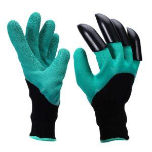 Наличие различных дополнений может сделать перчатки более функциональными
