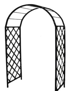 2. Кованые арки наиболее декоративны и долговечны. При желании можно заказать конструкцию по индивидуальным чертежам.