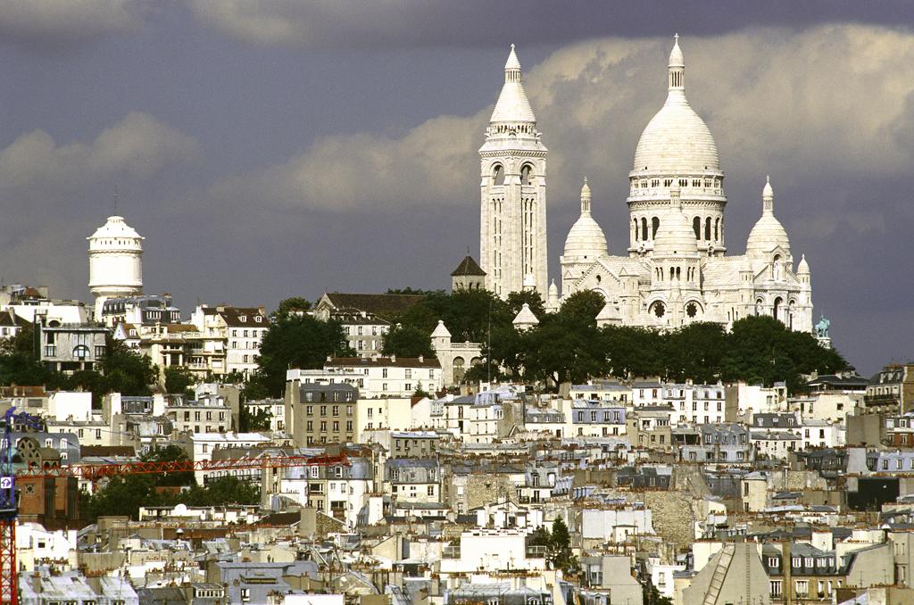 Где остановиться в Париже недорого и безопасно
